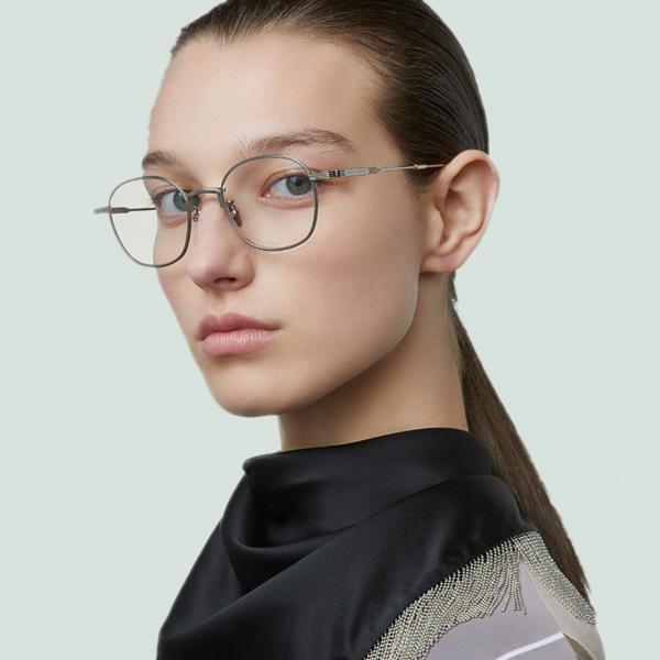 gọng kính chính hãng